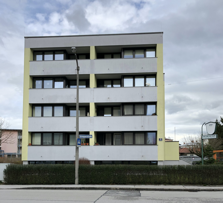 15 Wohnungen